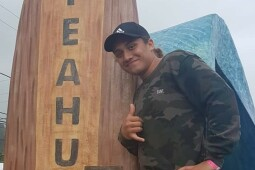 Hekermaru Kingi - Paddles for Australia at World Sprint Champs in Tahiti